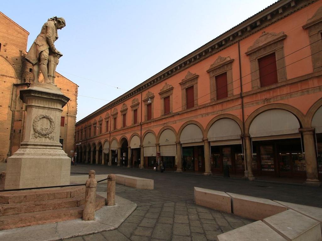 palazzo paleotti bologna indirizzo mail - photo#2