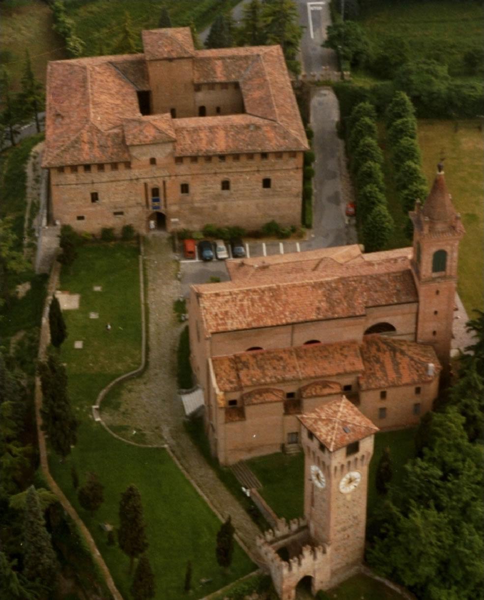 La Rocca Bentivoglio e il Museo Crespellani