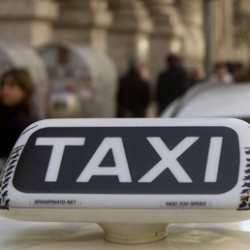 muoversi-a-bologna-in-taxi