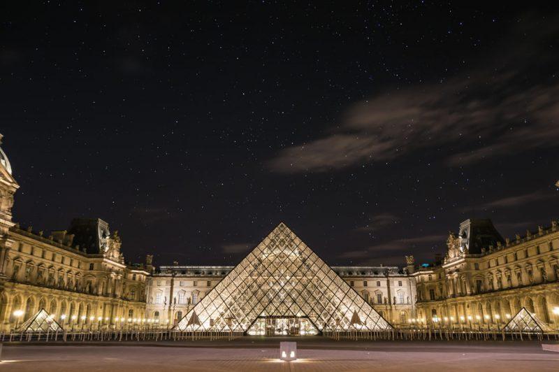 Viaggiare a Natale da Bologna: Parigi o L'Avana