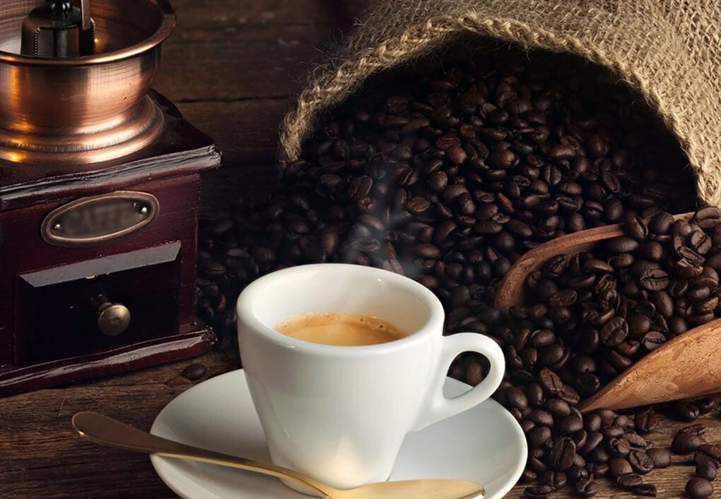 Caffè Terzi, una bomboniera al gusto di caffè in pieno centro storico