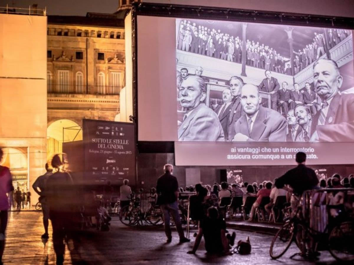 Estate 2021 a Bologna: la magia di un film sotto le stelle